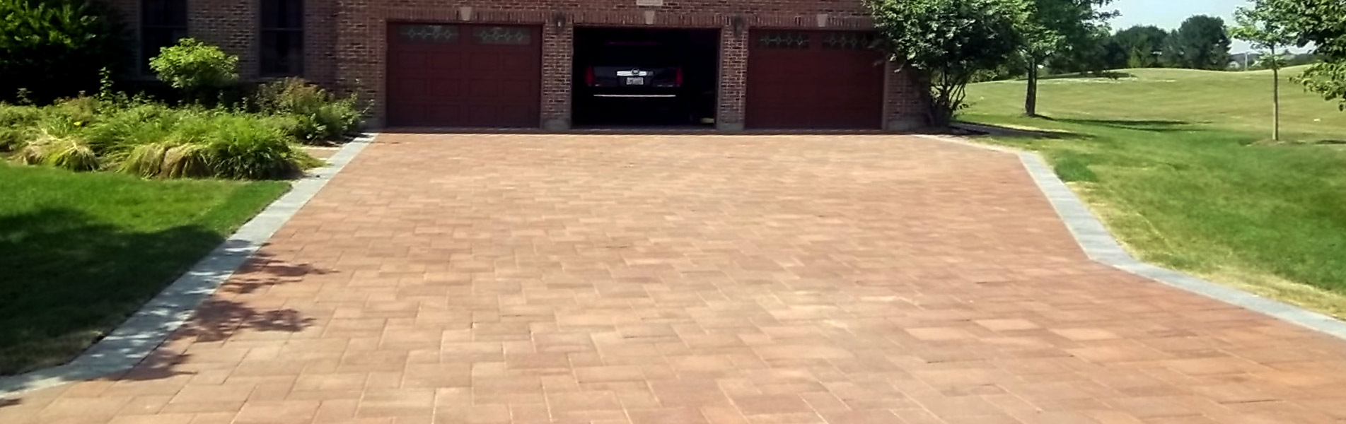 Driveway Installation Services by B&C Pavers and Landscaping Inc.